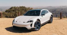 Porsche Mission E Cross Turismo Review: 'Silence Is the New Power'