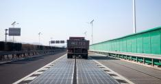 China, Exploring Renewables, Tests a Solar Highway