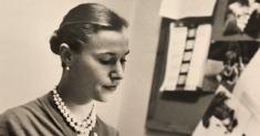 Anne Tolstoi Wallach, 89, Dies; Her Advertising Novel Caused a Stir