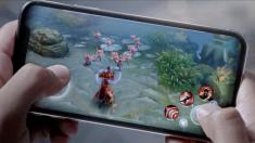 Apple touts iPhone gaming performance in new ad