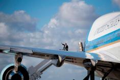 Democrats asking whether Trump golf club members got Air Force One tours