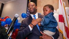 African-American Andrew Gillum secures Dem gubernatorial nomination in Florida