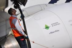 Boeing will offer biofuel for jet deliveries, and Alaska Airlines says 'Fill 'er up'