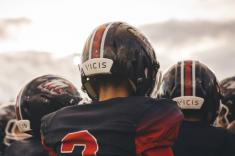 Youth football programs lean on crowdfunding to afford Vicis' high-tech helmet