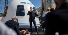 Jeff Bezos' Shot at the Moon? Blue Origin to Announce Vision for Space