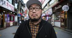 Column One: A Korean American stand-up comic walks into a bar in Korea. Hilarity ensues — or so he hopes