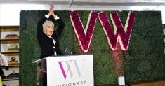 Visionary Women honors political activist-actress Jane Fonda