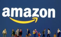 Exclusive: Amazon entices warehouse employees to grocery unit with higher pay
