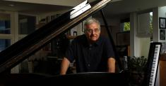Randy Newman on quarantine: 'If I want to take 20 minutes to tie my shoes, I can'