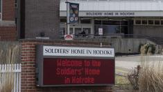 Employees at veterans home with deadly outbreak say management 'failed' them