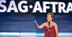 SAG-AFTRA and studios agree to begin contract talks amid health crisis