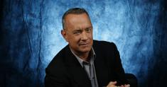 Tom Hanks donates his plasma to UCLA after beating COVID-19: 'As easy as taking a nap'