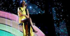 Searching for hope? Kacey Musgraves' 'Rainbow' is a psalm, and balm, for the pandemic era