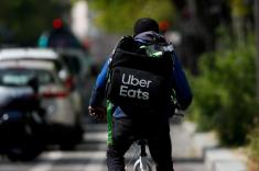 U.S. Senator Klobuchar blasts Uber, Grubhub deal talks