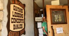After five decades, McCabe's Guitar Shop owners are retiring, citing coronavirus crisis