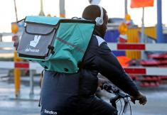 UK watchdog extends deadline for final ruling on Amazon's Deliveroo deal