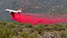 Fire danger, red flag warnings persist in parts of western US