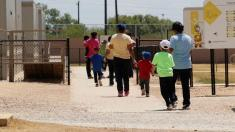 Judge urges release of immigrant minors from ICE detention centers