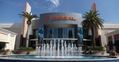 Movie theaters 'at a crisis point' as Regal shutdown dampens recovery hopes