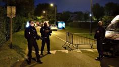 Suspect dead, 9 in custody following beheading of teacher in Paris suburb