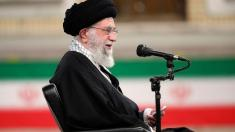 Iran: US must lift sanctions before it lives up to nuke deal