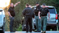 Georgia sheriff: 3 officers wounded, 1 suspect dead, 1 held