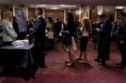 U.S. job growth seen accelerating; strong annual wage gain expected