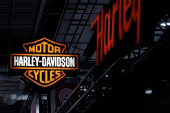 Harley Davidson to extend current labor contract through April 14: union