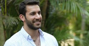 Derek's Had a Tough Go at Bachelor in Paradise, but These Thirsty People Are Ready to Date Him