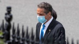 Coronavirus government response: Cuomo wears mask as he arrives to meet Trump