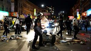 NYC police cars plow through crowd, mayor calls for investigation