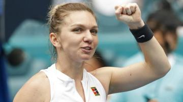 Halep beats Williams as she and Kvitova stay on course for number one spot