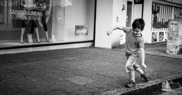 7 reasons to let kids play in the streets