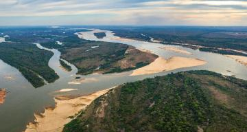 Only a third of Earth's longest rivers still run free
