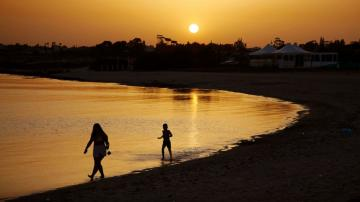 Cyprus pledges to cover costs for virus-hit tourists