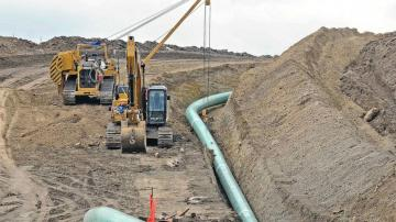 Setbacks hamper pipeline industry backed by Trump