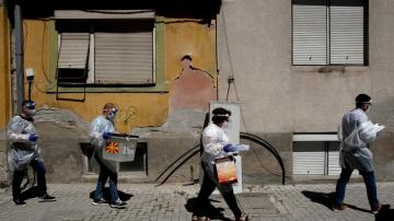 North Macedonia: Ballot boxes carried to quarantined homes