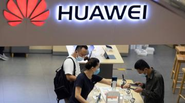 Huawei overtakes Samsung as top smartphone seller: report