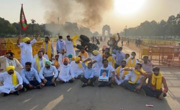 Tractor Set On Fire At India Gate In Delhi To Protest Farm Bills