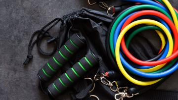 How to Decide Between Resistance Bands and Dumbbells