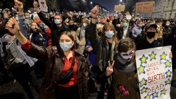 Polish women protest new abortion restriction in churches