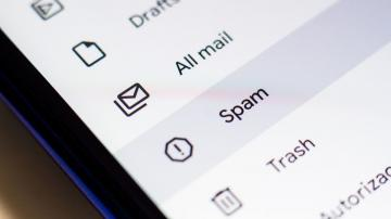 Why You Should Never 'Unsubscribe' From Illicit Spam Emails and Texts