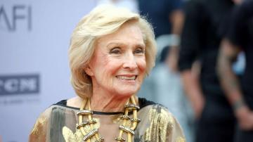 Cloris Leachman, Oscar winner and star of 'Mary Tyler Moore Show,' dies at 94