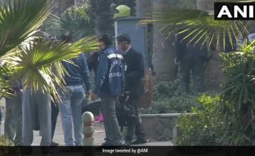 Team Of Delhi Police's Special Cell Visits Blast Site Near Israel Embassy