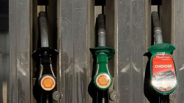 Greener pastures: Shell plans steady drop in oil business