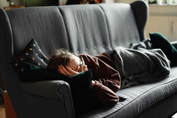 9 Benefits of Napping (Backed by Science)