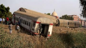 Dozens dead in passenger train derailment in Egypt