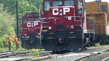 CN makes $33.7B bid for Kansas City Southern