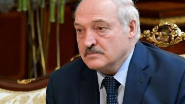 Belarus leader heads to Moscow for talks on closer ties