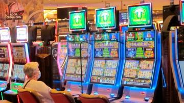US casinos match best quarter ever; post-COVID hopes rise